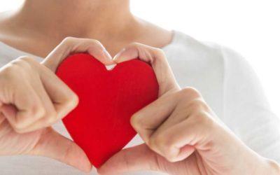 GEZOCHT: Vrouw met menstruatie-gebonden hartklachten